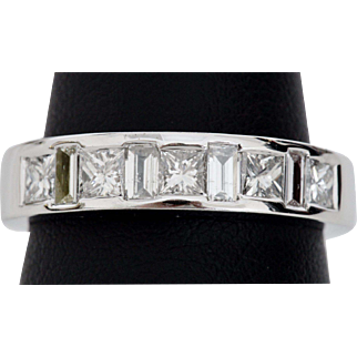 Neat Unisex Diamond Band in 18K White Gold