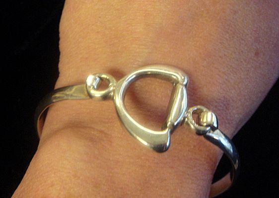 Signed Mexican Sterling Bracelet, Innovative Design