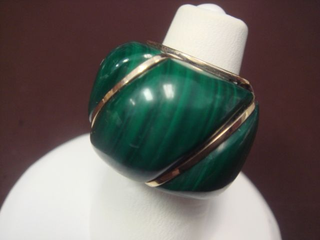 Chubby Malachite Ring in 14K Gold