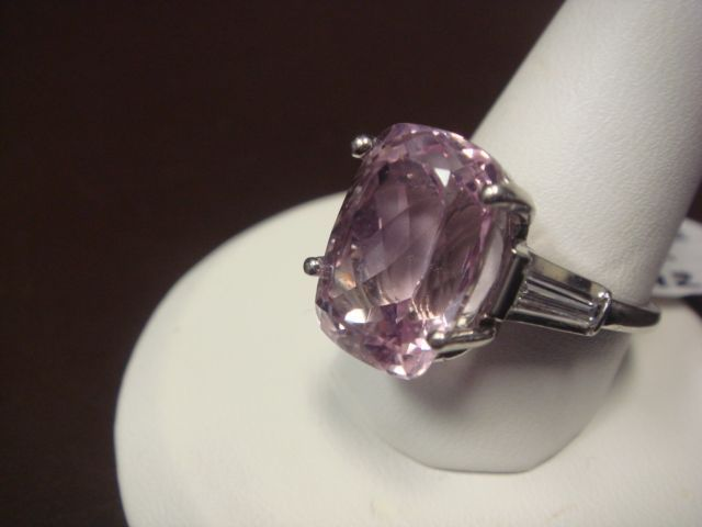 Pretty In Pink Kunzite Cocktail Or Engagement Ring In 900
