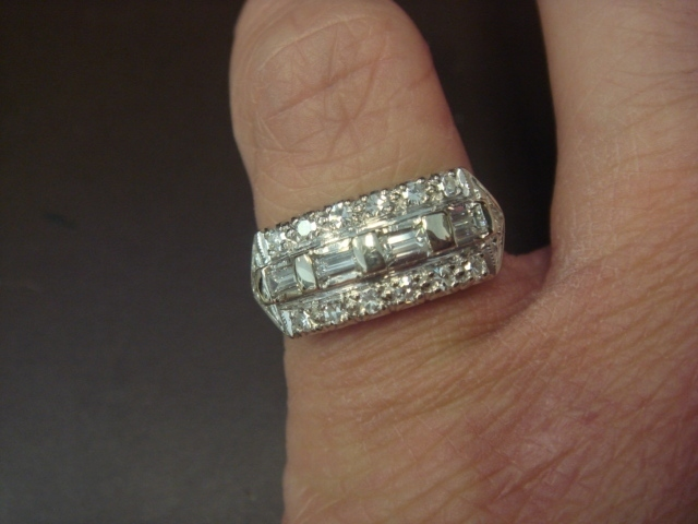 1930's 14K White Gold & Diamond Ring