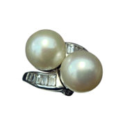 Pearl, Diamonds, and Platinum Ring c1980's