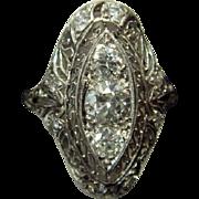 Exquisite Art Deco Diamond Ring in Platinum and 14k Gold