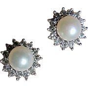 Fine Salt Water Pearl and Diamond Earrings - 18K