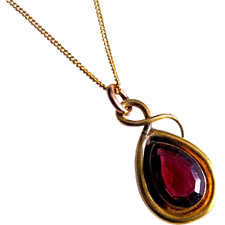 Victorian Garnet Pendant on Chain, 15K