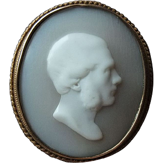 Georgian Shell Cameo, 15K Red Gold - Late 18th to Early 19th Century