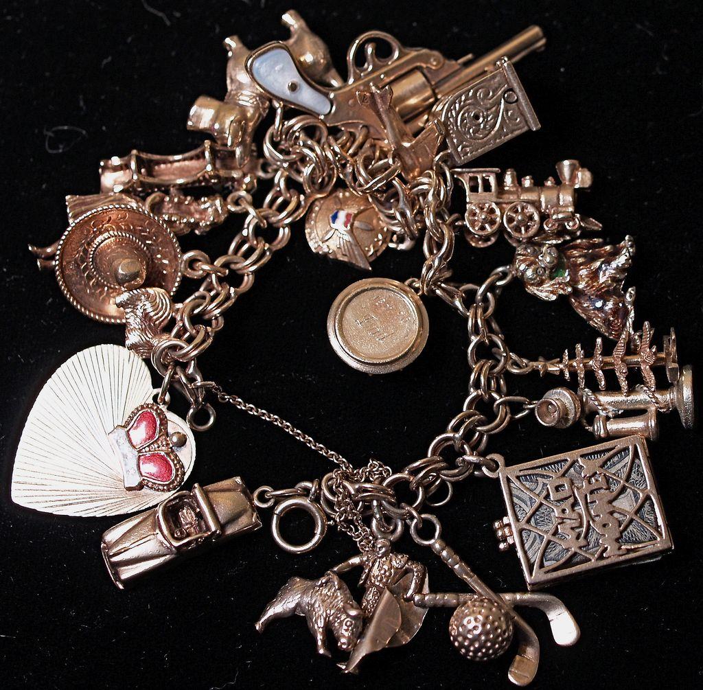 14 Karat Gold Vintage Charm Bracelet - Heavy -19 charms