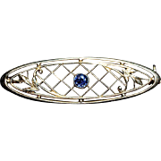 KREMENTZ. 14K Gold Natural Blue Sapphire Bar Pin