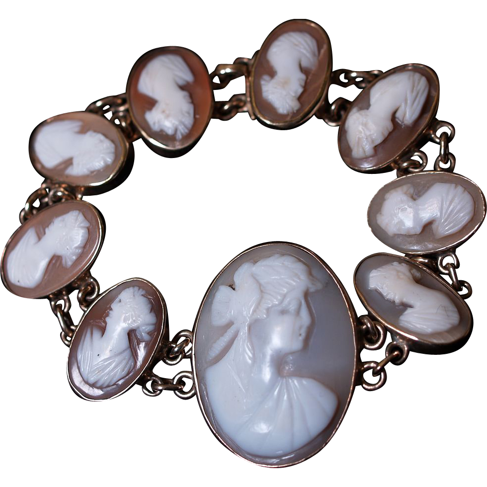 9 Karat Gold Edwardian Cameo Bracelet - Original Box