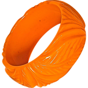 BAKELITE Deeply Carved Chunky Pumpkin Bracelet/Bangle