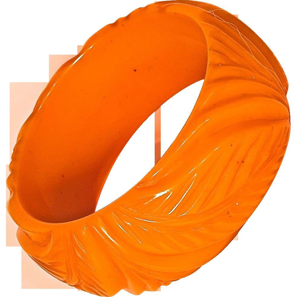 BAKELITE Deeply Carved Chunky Pumpkin Bracelet/Bangle