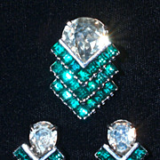 EISENBERG  Emerald Green Rhinestone Fur Clip & Screw-Back Earrings