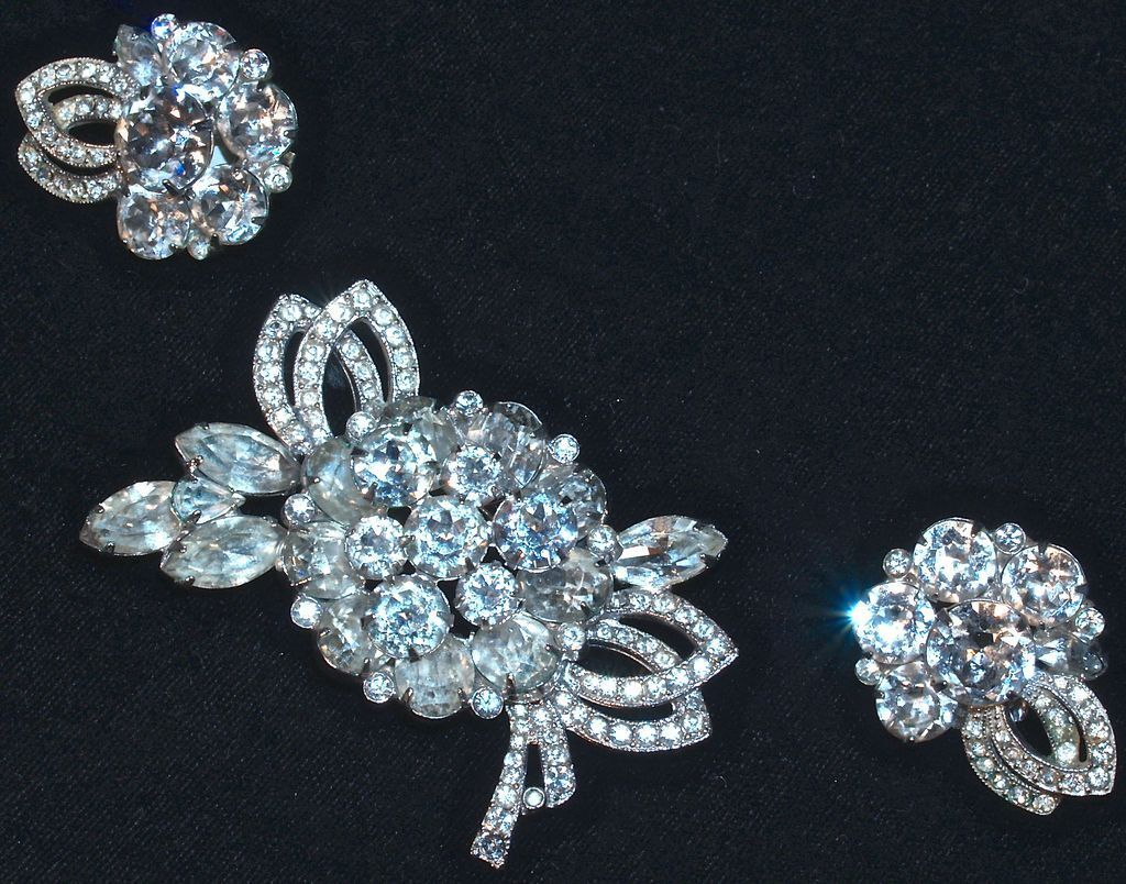 EISENBERG - Rhinestone Brooch/Pin & Earrings/Clip Ons
