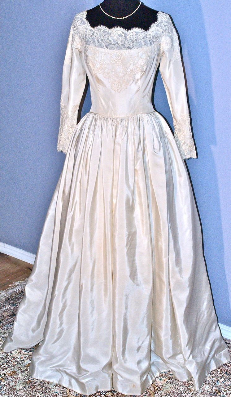 William cahill of beverly hills vintage wedding gown from for Beverly hills wedding dresses