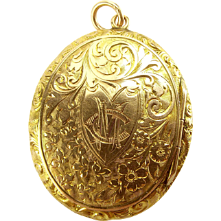 Victorian 9ct Gold LOCKET Heart Shaped Cartouche