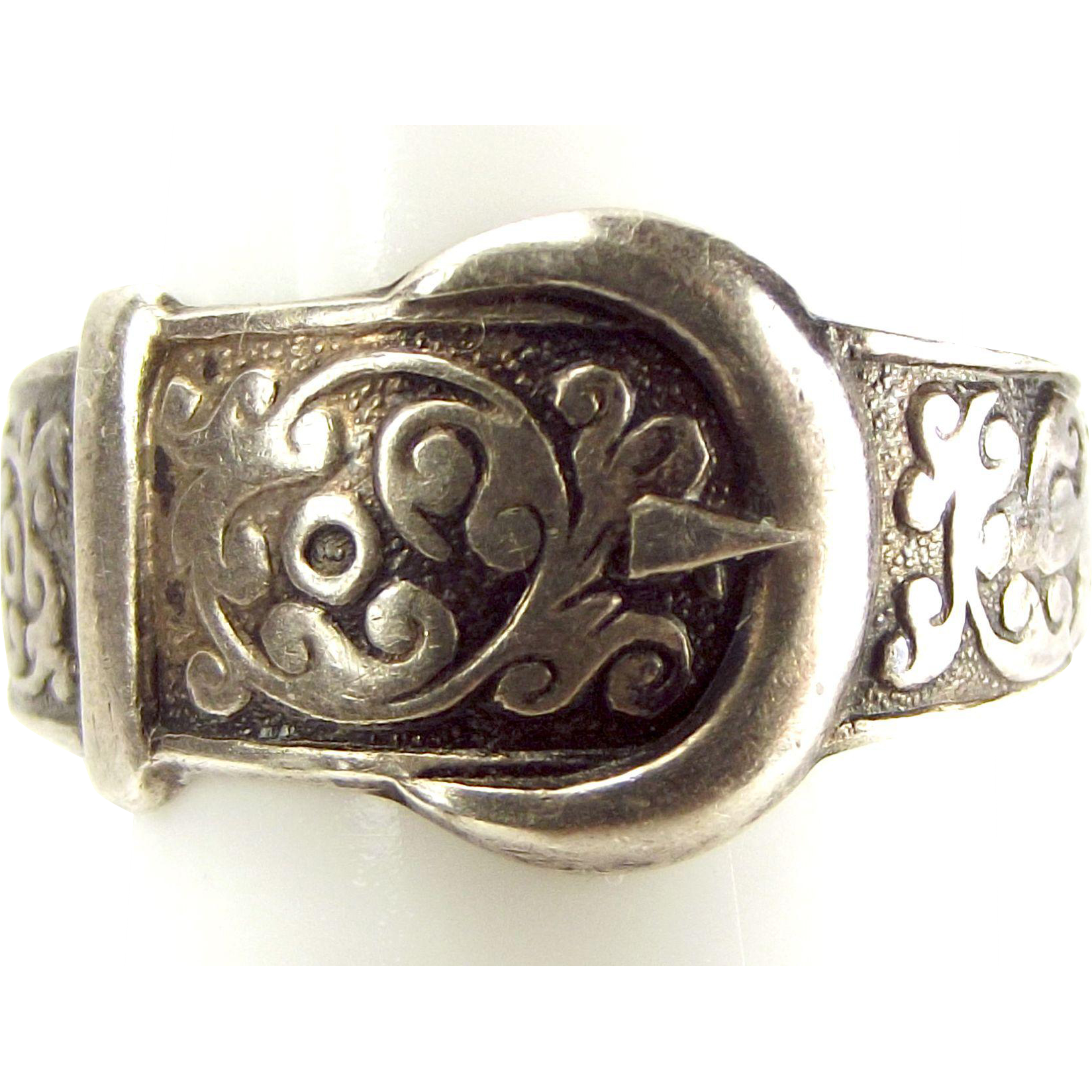 Vintage STERLING Silver Ornate BUCKLE Ring 1977