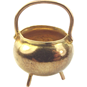Vintage 9ct Gold Cannibal Or WITCH'S CAULDRON Charm 1973