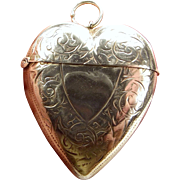 Victorian 1897 Silver HEART Shaped Vesta LOCKET Opens