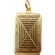 Vintage 9ct Gold LOCKET Opens North To South CHESTER 1939