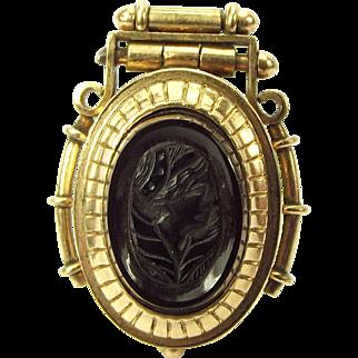 Victorian 9ct Gold LOCKET Onyx CAMEO & Carnelian Opens
