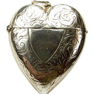 Victorian 1897 Silver HEART Shaped Vesta LOCKET Opens