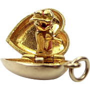 Vintage 9ct Gold LOCKET Charm Opens To Courting COUPLE Kissing 1970