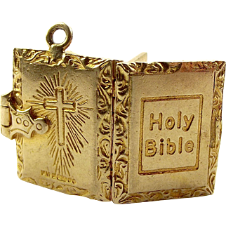 Vintage 9ct Gold BIBLE Charm Opens 2 PAGES & Prayer 1971