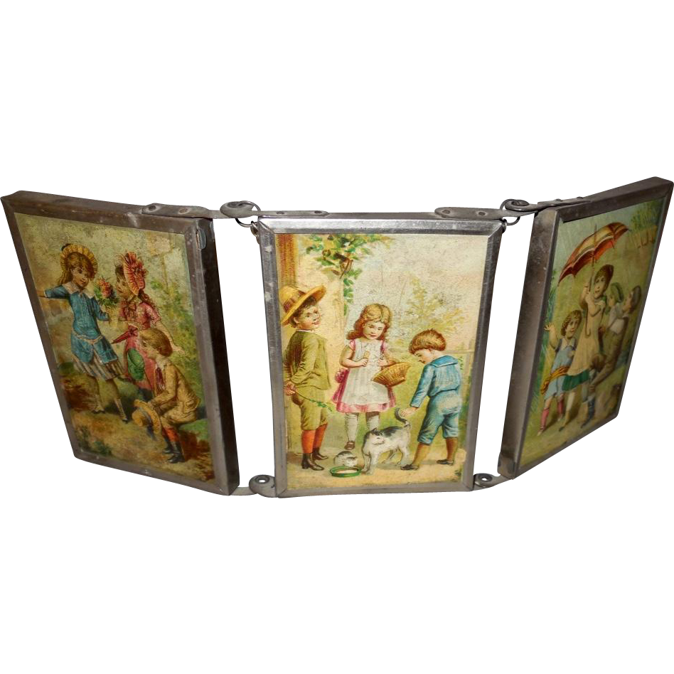 Vintage child 39 s tri fold triple hanging mirror with scenes for Tri fold mirror
