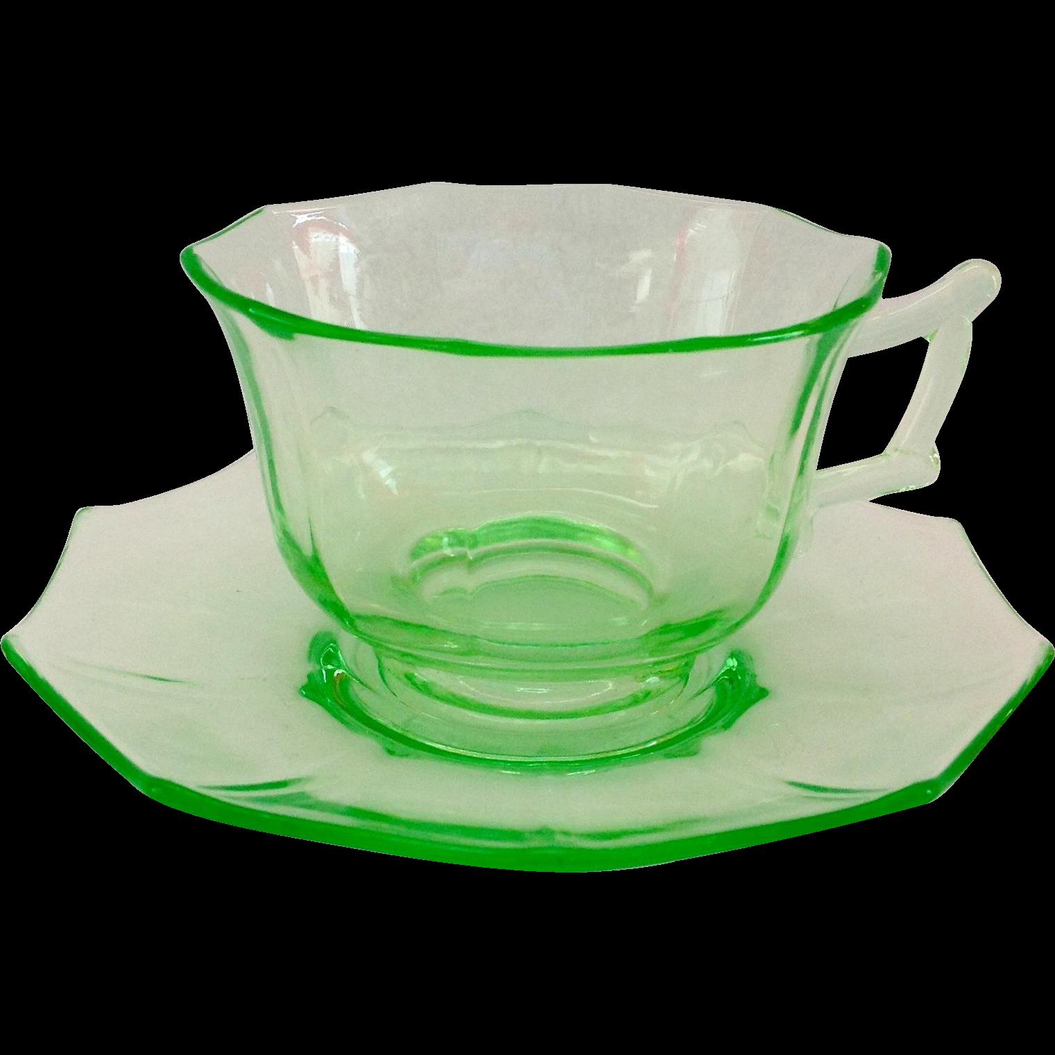 Cambridge Decagon Emerald Green Elegant Glass Depression Era Cup and Saucer