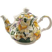 Sadler England Vintage Teapot with All Over Yellow Daffodil Design