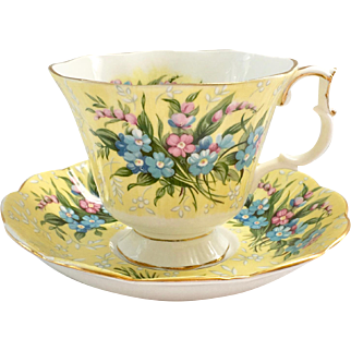 Royal Albert Bone China Festival Series Shaftesbury Yellow Teacup and Saucer Gainesborough Shape