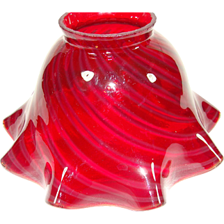 Cranberry Swirl Ruffle Edge Glass Lamp Shade