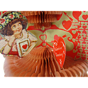 1920's Honeycomb Fold Out Stand up Valentine