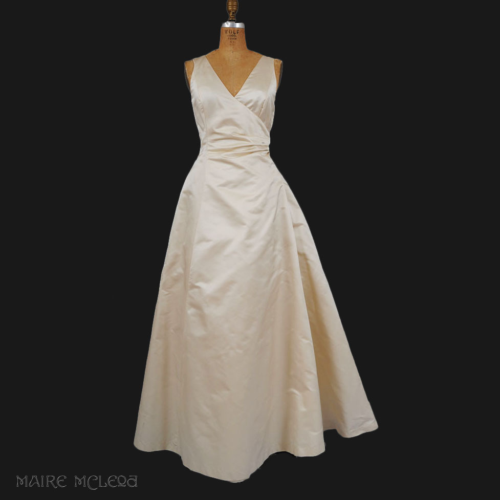 Vintage Ivory Silk Evening Gown - Peau de Soie  M