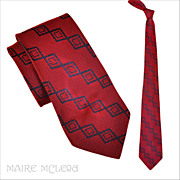Luminous Red & Blue Vintage 1940's Men's Tie  3-1/2""