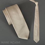 "Vintage Men's Tie Metallic Silver Diagonal Stripes 3"""