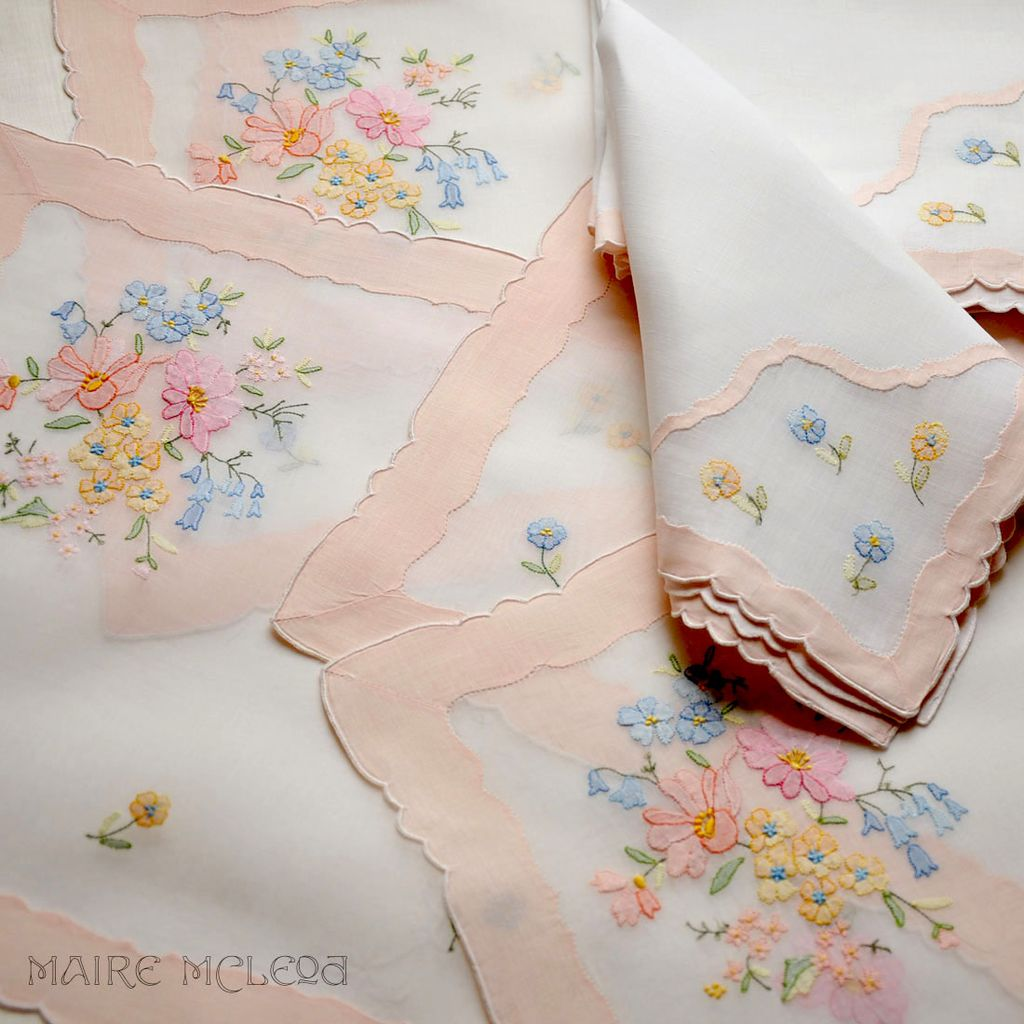 Vintage Garden Floral Embroidered Organdy Placemat Set - 6 Mats / 8 Napkins - Jabara