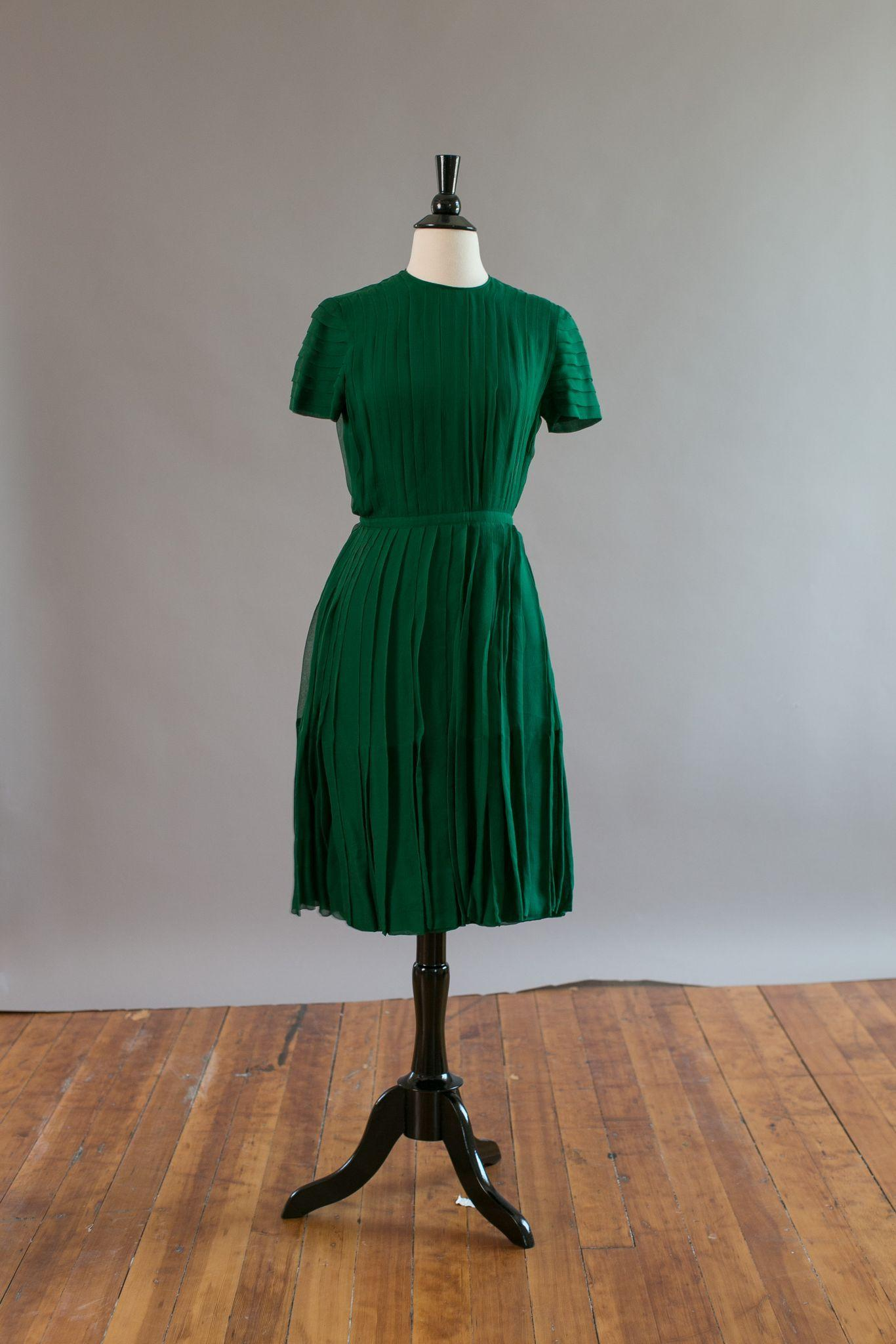 Classic vintage 1950s emerald green silk chiffon pleated Norman Norell cocktail dress
