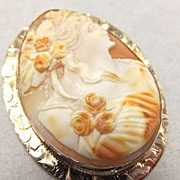 Solid 14k Yellow gold Cameo brooch with etched border and pendant loop