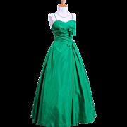 Vintage 1960s Mollie Stone Emerald Green Silk Taffeta Evening Gown with petticoat