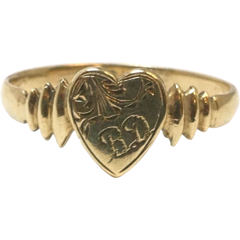 Antique Victorian 9 karat yellow gold heart signet ring with BD initials