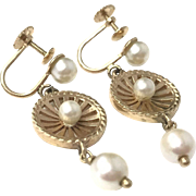 Vintage 1940s 14k Solid Yellow Gold and Pearl Dangle Screw Back Earrings
