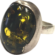 Vintage Modernist Abstract Anton Vasilijevitch Richter Green Amber and Sterling Silver Ring