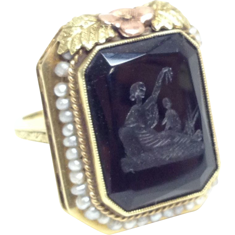 Antique 14K Makers Mark solid gold filigree Ring with seed pearls and carved onyx intaglio Women and child