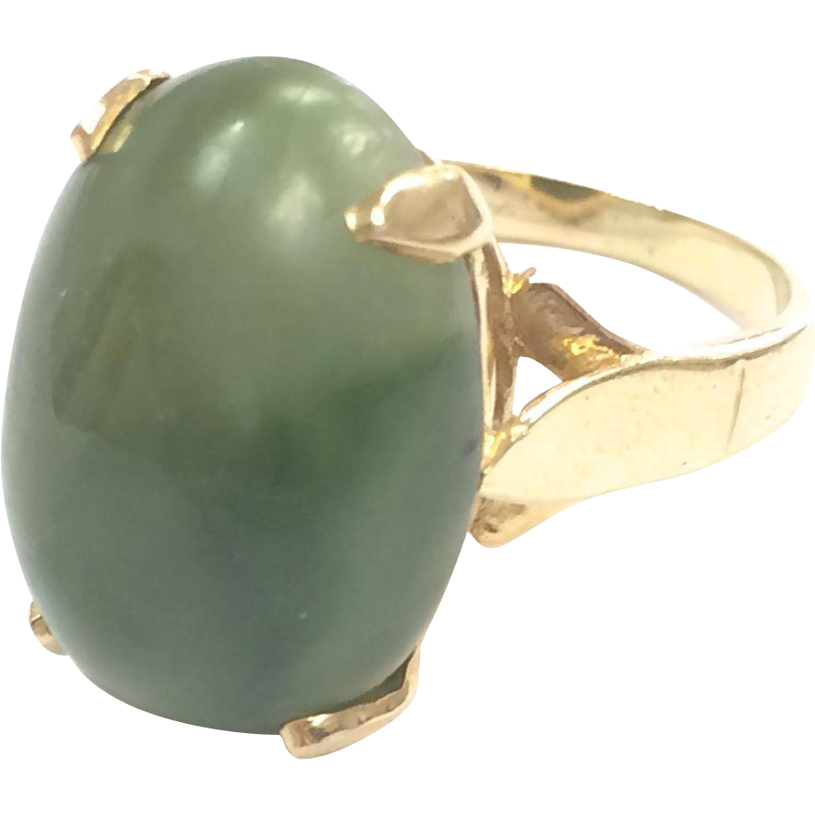 Vintage 1960s 14k Yellow Gold Jade Cabochon Cocktail Ring