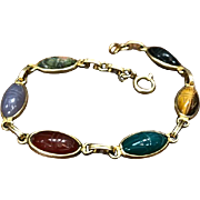 Vintage Egyptian Revival 14k Yellow Gold Oblong Semi Precious Stone Carved Scarab Bracelet