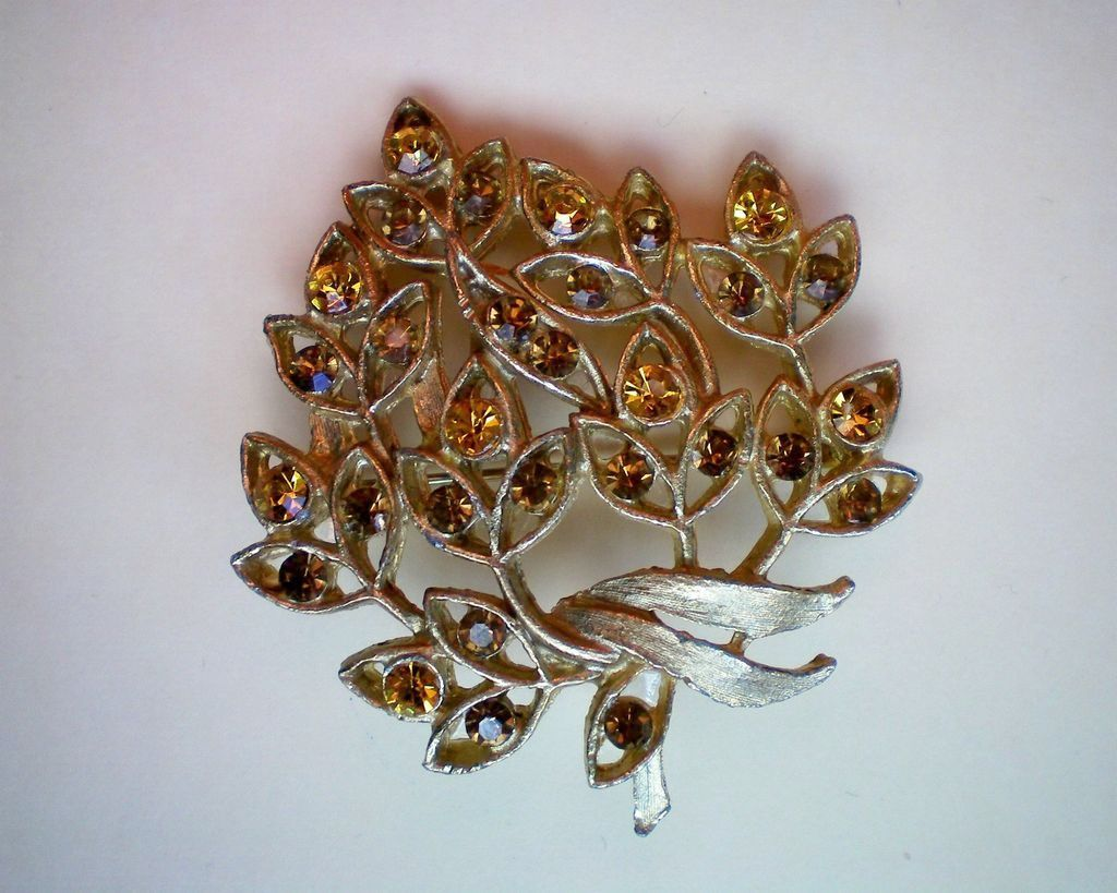 Flower Brooch with Amber Leaves