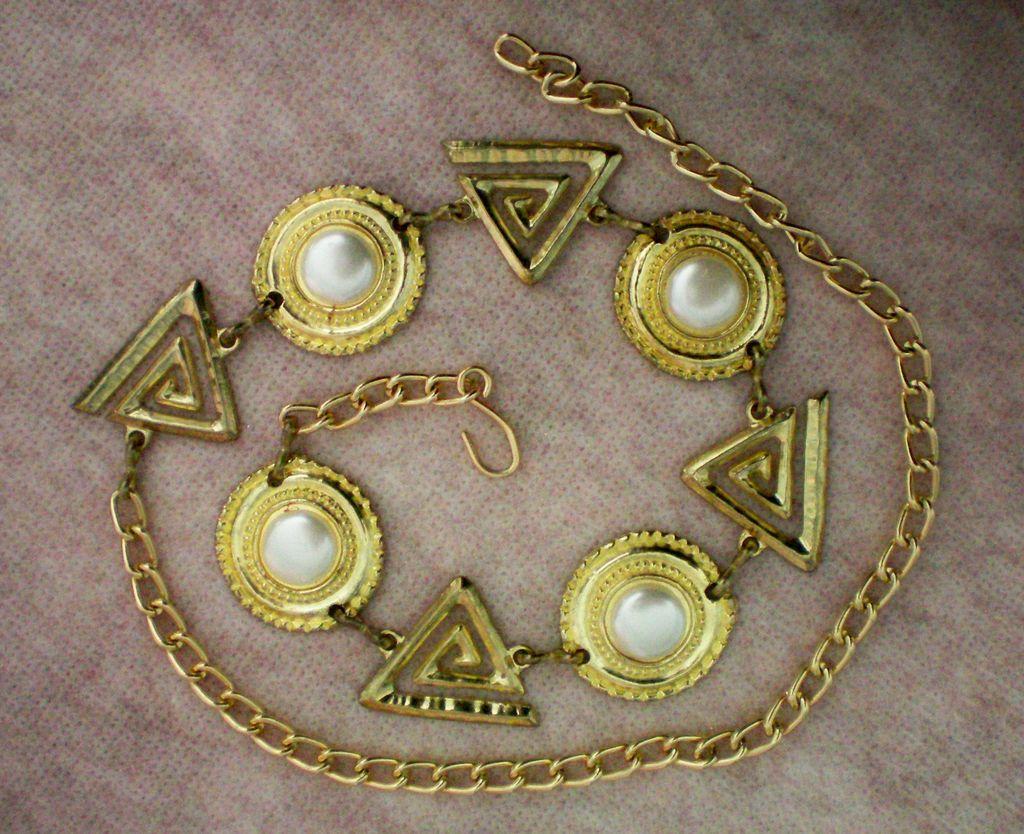 Geometric Metal Chain Concho Belt