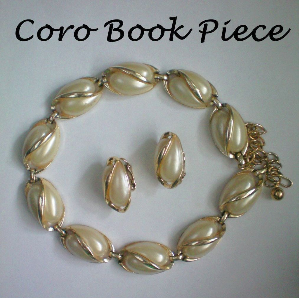 Coro 1955 Thermoset Necklace & Earrings Set ~ Book Piece