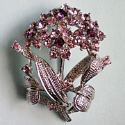 Sweet Bouquet of Flowers Pin